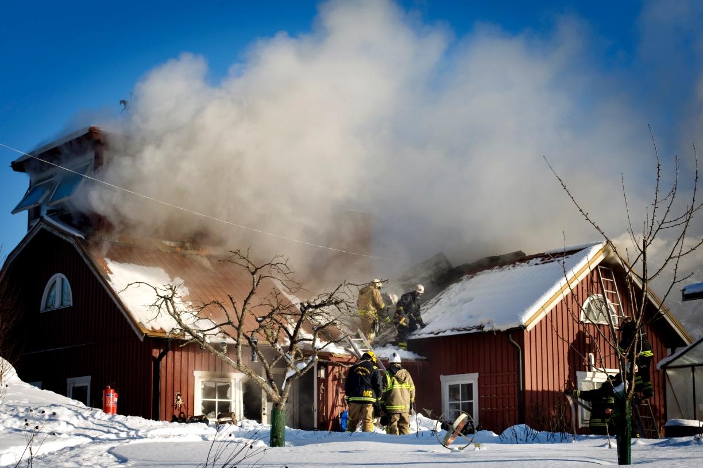 Villa brann ned i sodertalje