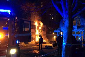 Lokalerna som sattes i brand tillhör det kommunala bostadsbolaget.