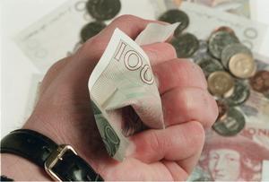 Och sedan då? Debattörerna frågar sig vad som händer det dag då alla erhållna pengar från utförsäljningen av gemensamägt kapital har förbrukats.