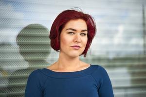 Camilla Sten studerar psykologi i Uppsala och författardebuterar med en roman om en skrämmande svensk framtid.