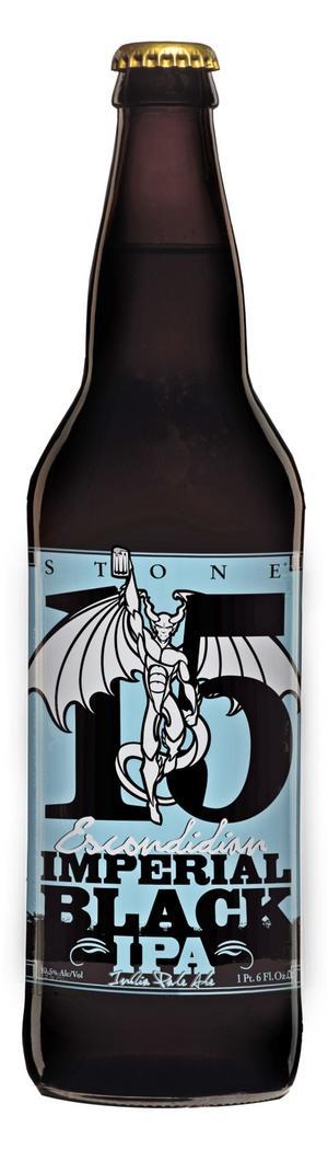 Svart smakbomb. Kolsvarta Stone 15:th Anniversary Escondidian Imperial Black IPA smakar minst lika mycket som namnet är långt.