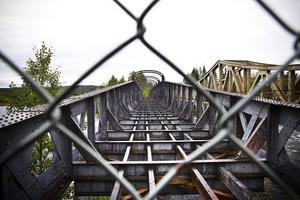 Edängebron används inte alls för närvarande men är högaktuell i planerna på gång- och cykelväg.
