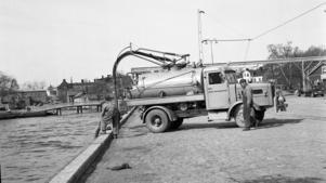 Reportage i hamnen april 1958.