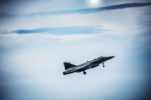 Ett flygplan av typen JAS 39C Gripen på Island vid en tidigare militärmanöver. Flygplanet är av samma typ som det thailändska olycksplanet.