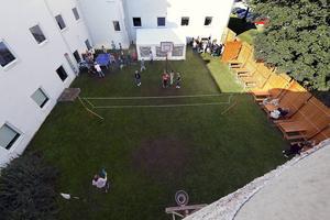 Den nya innergården på Nivrenaskolan.