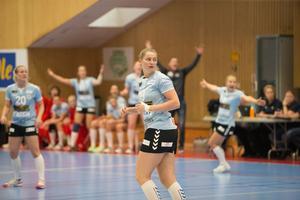 Det blir minst en säsong till i H65 Höör för Kristion Thorleifsdottir.