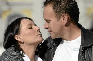 Bröllopsparet. Annelie Tolonen och Jaako Tolonen går sta och gifter sig under stor pompa och ståt den 13 maj. BILD: LG MÅNZON