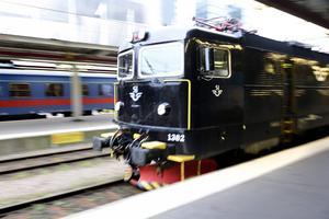SJ vill sluta köra fjärrtåg på Norra stambanan. Tågen mellan Stockholm och Östersund kan förläggas via Sundsvall i framtiden.