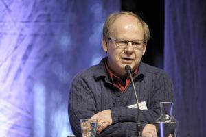 Hans Bergström var DN:s chefredaktör, satt i Reinfeldts globaliseringsråd och ville hjälpa Sverigedemokraterna att störta den rödgröna regeringen.