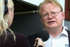 Peter Hultqvist intervjuvas. Foto: Mattias Nääs