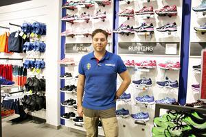 Henrik Bergström, butikschef på Intersport i Sandviken, gillar inte storsatsningen på Tunaområdet.