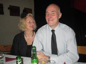 Trissvinnaren från Hofors är Nisse Brandström. Hustrun heter Suzanne Brandström.