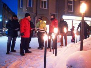 Per-Göran Skoog, LO-facken i Jämtlands ordförande tillsammans med Anders Fredriksen, facklig ledare i Östersund, Conny Hansson ombudsman IF metall i mellersta Norrland och Ted Persson från Byggnads samlade till manifestation i fredags.