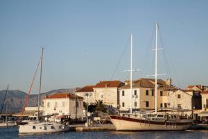 Ön Brac i Kroatien är en av sommarens charternyheter.   Foto: Pontus Wallin