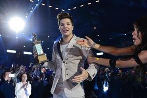 Robin Stjernberg vann Melodifestivalen med 'You' i Friends Arena i Solna, Stockholm och får representera Sverige i Eurovision song contest i Malmö i maj. Får trofén sångfågeln av Loreen.