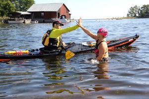 High-five inför start i Norrfjärden