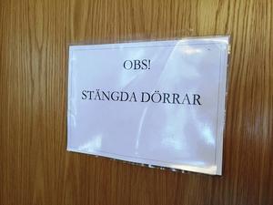 Rättegången hölls bakom stängda dörrar.
