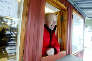 Bertil Persson i kiosken..