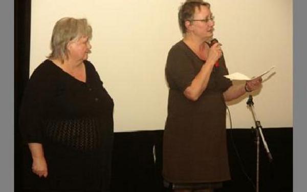 Kerstin Westman och Anki Rooslien, från Långshyttans samrådsgrupp, efterlyste argument att ta med sig till mötet med OKQ8 i slutet av januari.