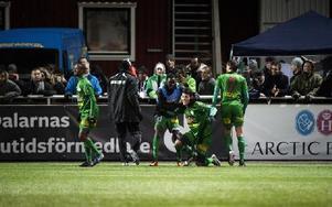 Dalkurd firar efter segern mot Värnamo. Foto: Klockar Mattias Nääs/DT