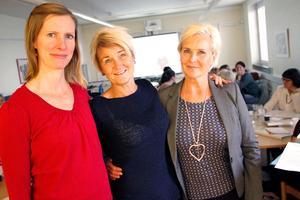 Lisbet Abelsson, Pia Gadestedt, Maria Lusth, leder utbildningen till språkombud – som sträcker över fyra träffar.