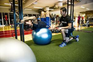 Hasse Jonsson ska i sin nya roll som fystränare se till att de som tränar får rätt vägledning från början med individuella träningsprogram.