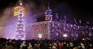 Färggrann julgran i Polen.
