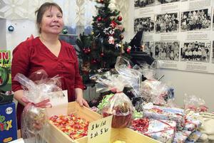 Julmarknaden är en viktig samlingspunkt i Vikmanshyttan, tycker Kaija Ojala.