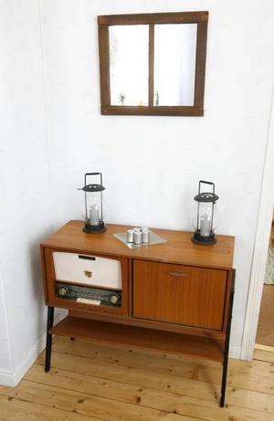 Radiomöbel från 50-talet.