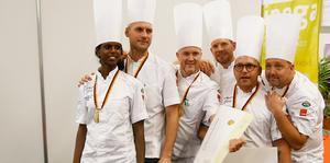 Eva Vilhemsson, Dan Assarsson , Niklas Edgren , Andreas Holmqvist, Patrik Strömberg och Niclas Melin.