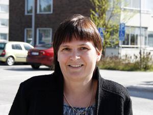 Lotta Björklund, vd AB Timråbo hoppas att solpanelerna ska vara på plats innan vintern.