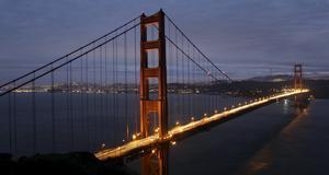 Golden Gate-bron, med San Fransisco i bakgrunden. Genom åren har den både varit med på tidningen Rolling Stones omslag och spelat en roll i mängder av filmer.