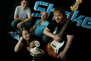Dansbandet Shake från Timrå tog med sitt rockinspirerade sound hem vinnarpokalen i Dansbandsjakten.
