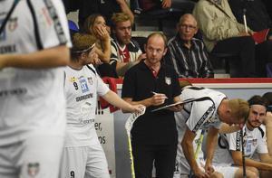 Granlotränaren Magnus Svensson fick se sitt lag ta en poäng mot AIK, men det blev förlust efter förlängning till slut.