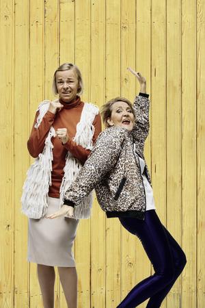 Kajsa Ernst och Ann Petrén spelar huvudrollerna i Maria Bloms pjäs