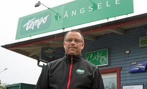 Mikael Axner med flera köpmän och företagare är irriterad på Loomis AB