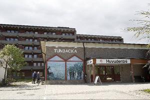 Ett boende som Tunbacka kan vara lämpligt att göra om till trygghetsboende, men omsorgsnämnden har inte tagit något sådant beslut än.