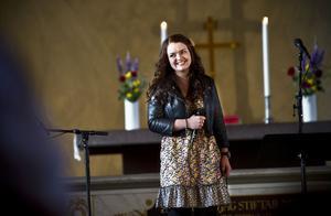 Linn Norin fick LillBabs-stipendiet för sin sångtalang.