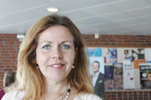 – Jag tror inte att jag är en skickligare politiker än någon annan. Men jag är bra på att bygga broar, på att lyssna och nå en väg framåt, säger Cecilia Wikström, kandidat till EU-parlamentet.