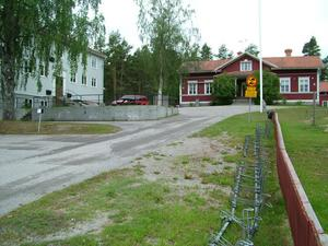 Kommunen sålde Långheds skola förra året.
