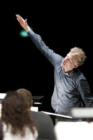 """Martin Fröst på Gävle konserthus, """"en faun i rytmernas skog""""."""