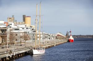 Här på Alderholmen såg förvånansvärt få Gävlebor sin sista skymt av staden