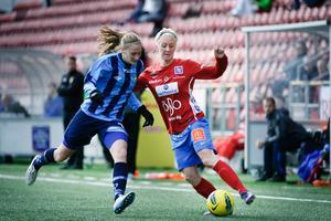 Caroline Näfver gjorde 2-0-målet mot Djurgården.