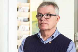 Christer Siwertsson (M) konstaterar att det krävs betydande besparingar för att vända regionens ekonomi på rätt köl.