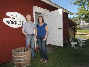 På torsdag öppnar Leif och Elisabeth Nordlöf sin sommarutställning på Galleri Nordlöf i Ämnebo strax utanför Edsbyn.