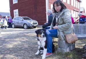 Elisabeth Einebrant och Amic åkte amerikanare från Sveg till Hedeviken för att delta i cruisingen.
