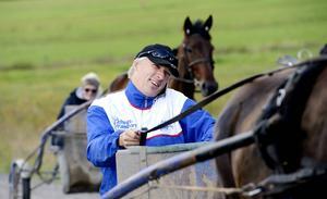 Anders Wallin kör två hästar i helgens V75.