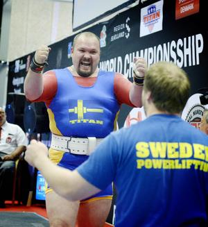 Fredrik Svensson fick slita för sitt brons, pressad av både finske Kenneth Sandvik och tyske Kevin Koch.