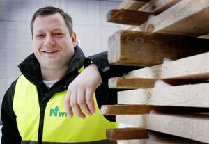 – Vi är bättre rustade den här gången och kommer att klara det här bra, säger Henrik Jönsson, vd för NWP och sågen i Hissmofors.