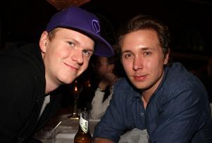 Blue Moon Bar. Alexander och Max